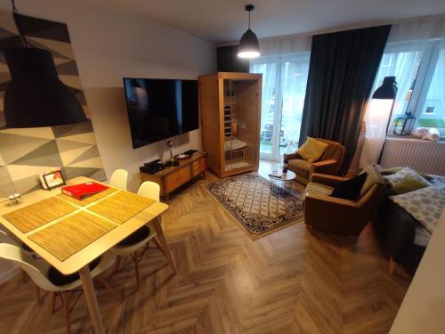 Apartament Retro DeLuxe z Sauna - 5D Apartamenty, Lubań