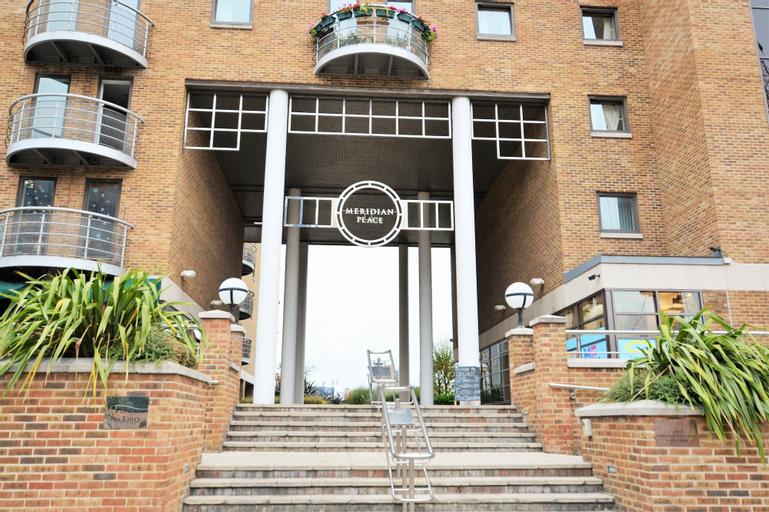 Zen Apartments - Docklands, London
