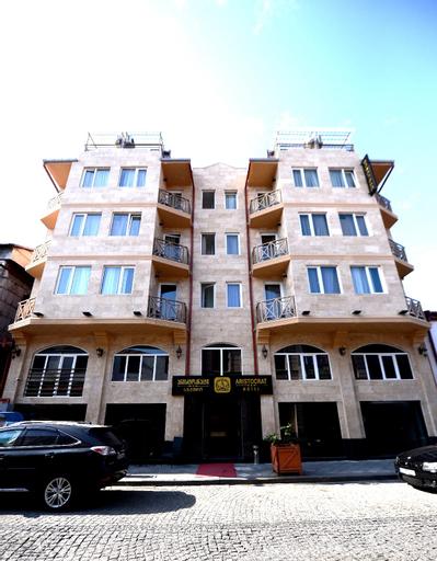 Hotel Aristocrat Batumi, Batumi