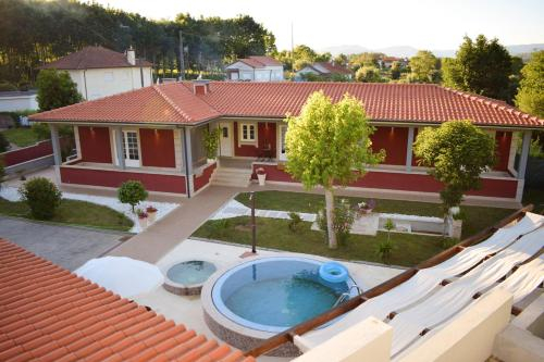 House with 4 bedrooms in Rebordoes Souto with wonderful mountain view private pool enclosed garden 2, Ponte de Lima