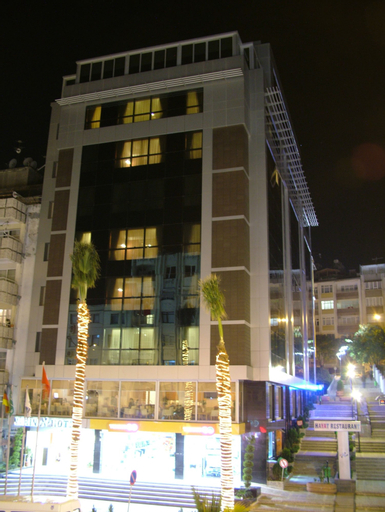 Narin Hotel, Merkez