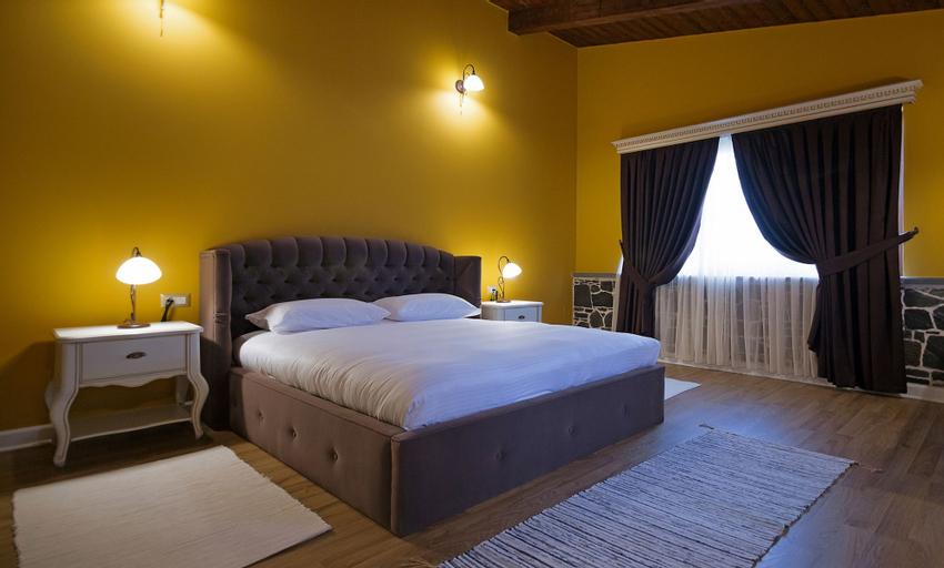 Casa Gaçe Hotel, Korçës