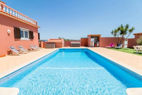 Villa with 9 bedrooms in Pera with wonderful sea view private pool enclosed garden 800 m from the be, Silves