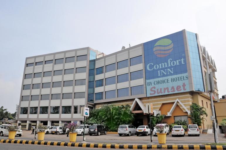 Hotel Comfort Inn Sunset, Ahmadabad