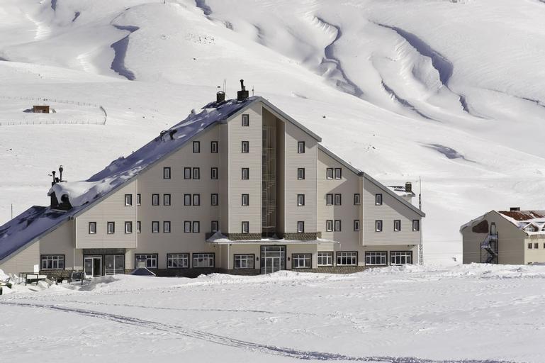 Grand Eras Hotel, Develi