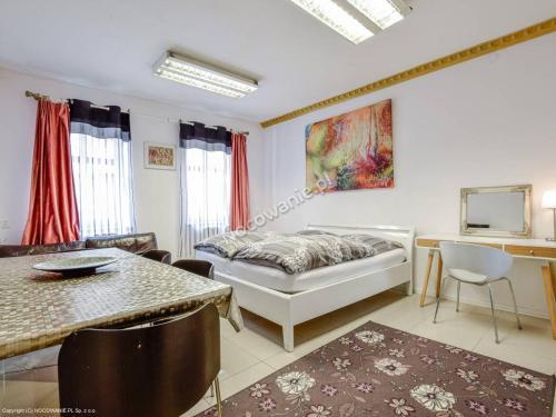 Zentrum Ferienwohnung Hirschberg PL, Jelenia Góra City