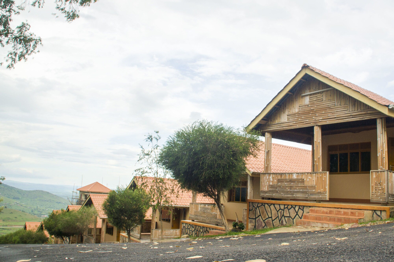 Satellite Holiday Resort, Rushenyi