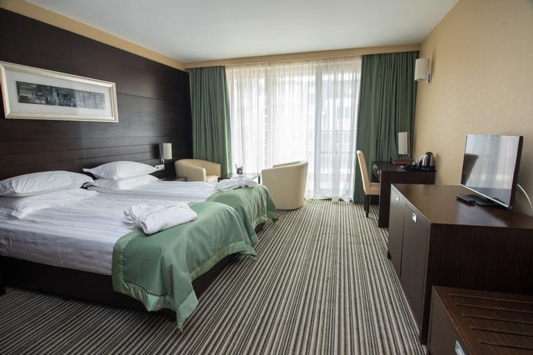 Olives City Hotel, Stolichna