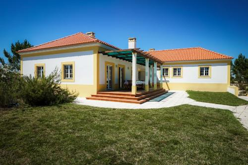 Villa Moinho, Alcácer do Sal