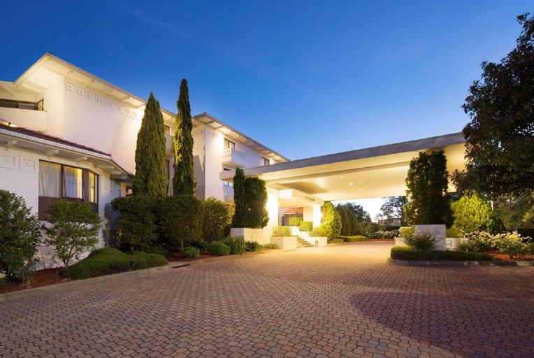 Ramada by Wyndham Diplomat Canberra, Griffith