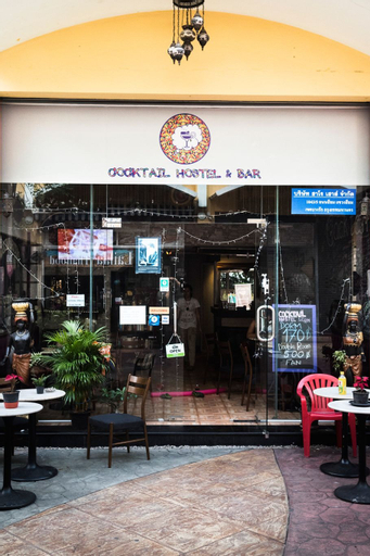 Cocktail Hostel - Silom Bangkok, Khlong San