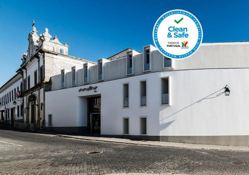 Moov Hotel Evora, Évora