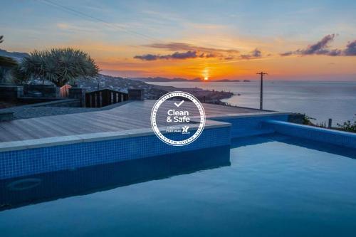 Villa Sunrise View by Madeira Sun Travel, Santa Cruz