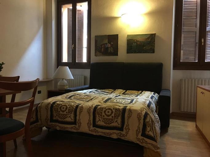 San Longino 26, Mantua