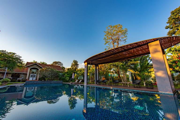 Corner Spa Resort, Hang Dong