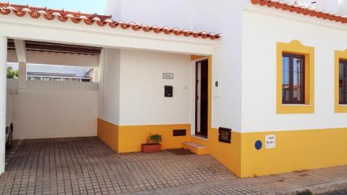 CASA DO TANQUE AMARELO by Stay in Alentejo, Odemira