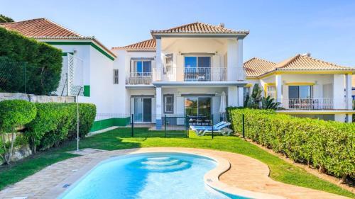 Quinta do Lago Apartment Sleeps 4 Pool WiFi T479884, Loulé