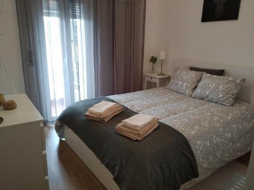 Cozy 2 bedroom apartment in Caxias, Oeiras, Oeiras