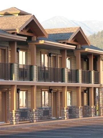 Vedder River Inn, Fraser Valley