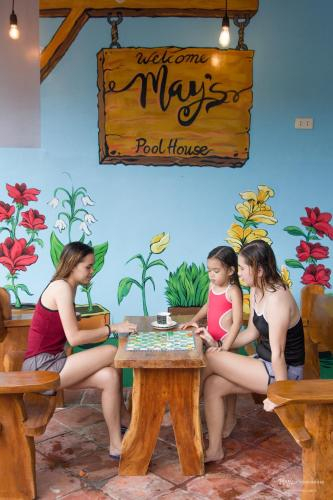 May's Pool House near Enchanted Kingdom, Cabuyao