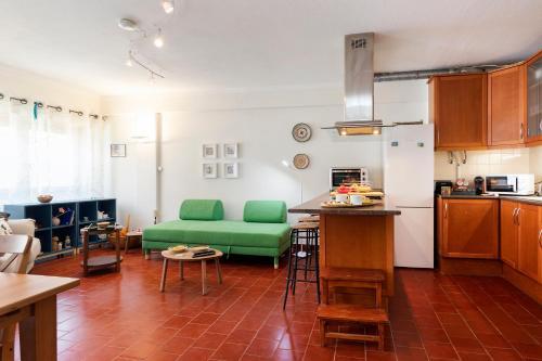 Blue Green apartment, Almada