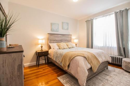 Sunny, Newly Renovated, 2Bed 1Bath in Longwood Medical Area, Norfolk