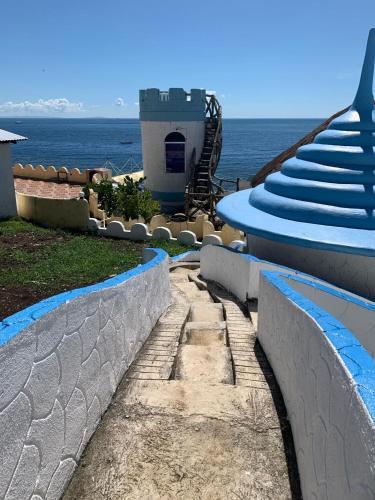 UNLIMITED SEA VIEW of TOWER ROOM of EL PARADISO Resort, Alcoy