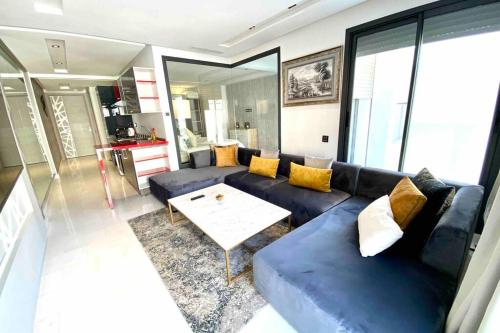THE DREAM 15 -STUNNING FLAT IN A NEW BUILDING, Casablanca