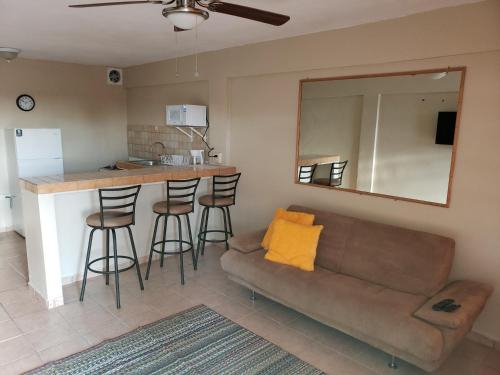 Cozy apartment near the beach (#2),