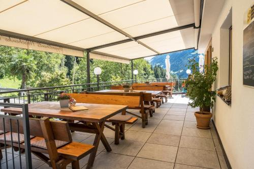 Hofschenke Pfeiftal - Bergblick, Bolzano