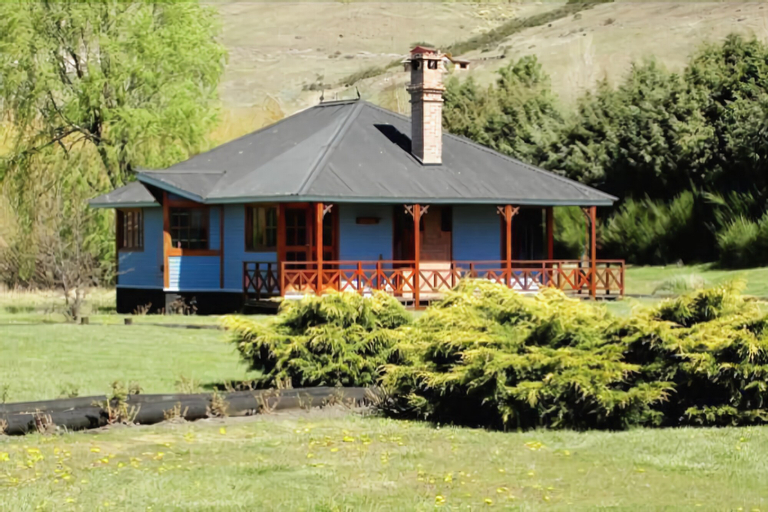 Spring Creek Lodge, Huiliches