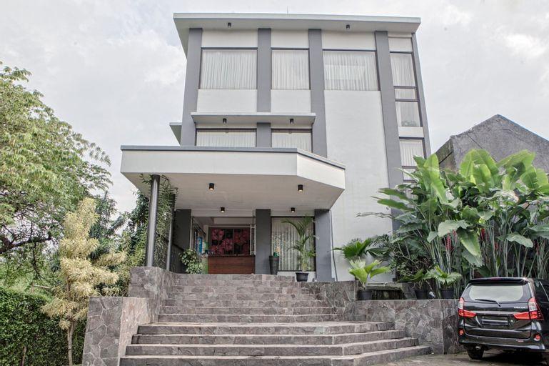 RedDoorz near Maranatha University 2, Bandung