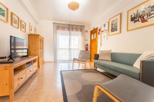 Best Houses 10: Centrally Located Hotel Style Apt, Peniche
