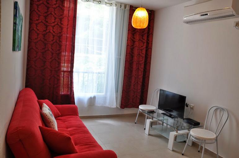 Arendalzrail Apartments - Balfour St. 61,