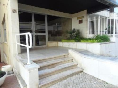 Beach apartment... T1 with swimming pool (summer), Almada