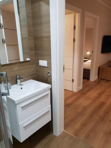 Apartament Widokowy - 5D Apartamenty, Lubań