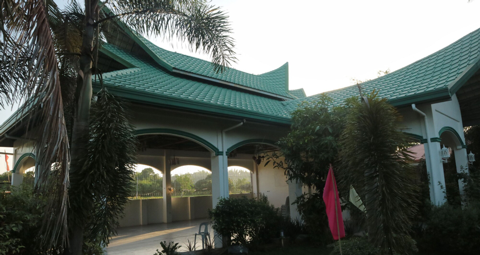 Dona Josefa Aquino Poolside Resort, Alaminos City