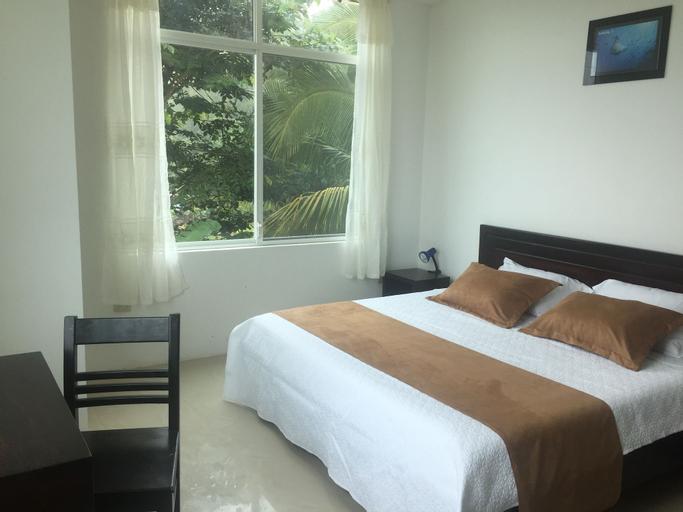 Blue Shark Galapagos Hotel, Santa Cruz