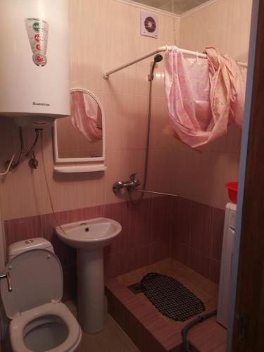 2-комнатная квартира , 250 меров от моря., Gagra