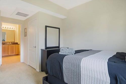 2 Bed 2Bath Scenic Views, Los Angeles