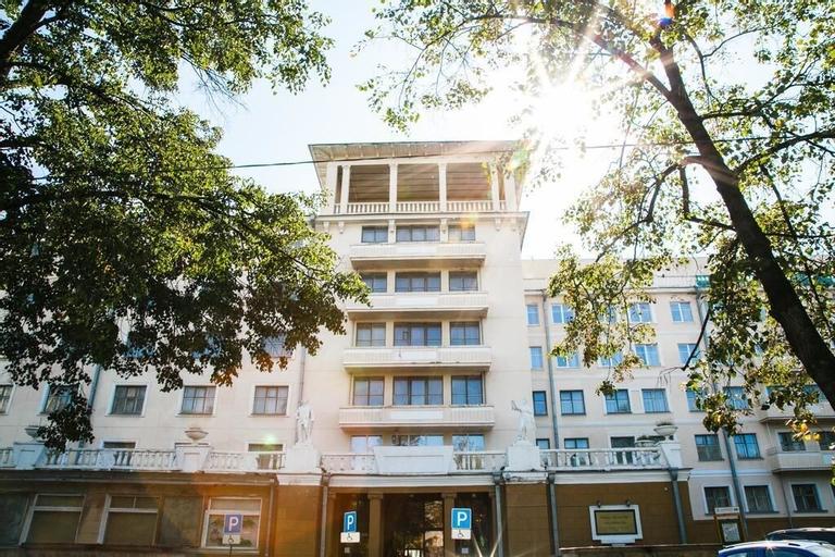 Bolshoy Ural Hotel, Ekaterinburg gorsovet