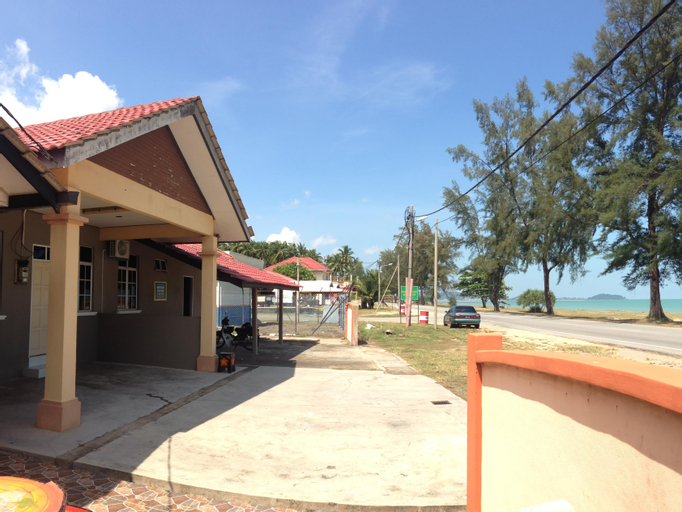 Anggun Beach Guest House Dungun, Dungun