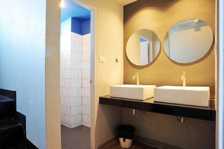 Erawan House 3 Bedrooms @BTS Pu Chao l 230m, Muang Samut Prakan