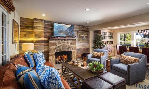 Lake Arrowhead Vacation Rental | Lakeview Charmer, San Bernardino