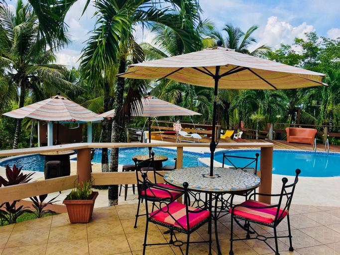 The Log Cab Inn Resort,