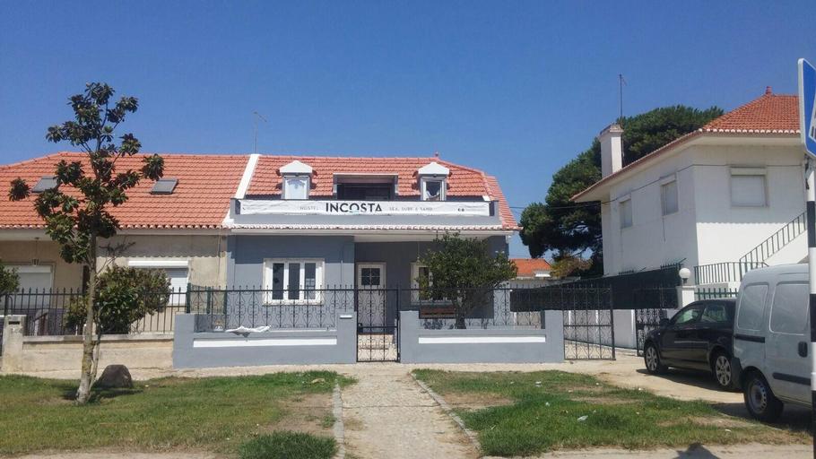 Hostel INcosta - Surf House, Almada