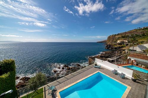Beach House - Villa Pool&Sea, Santa Cruz