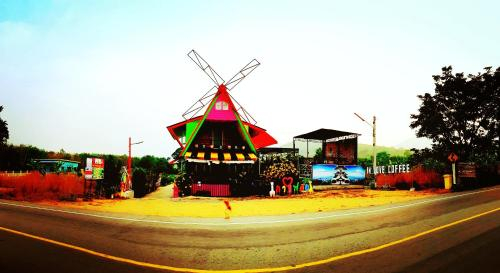 In love coffee & resort rayong, Ban Khai