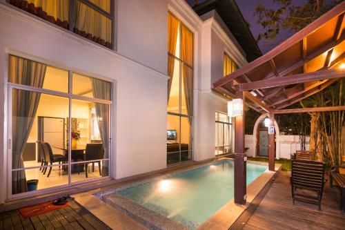 Villa Vega, Bang Lamung