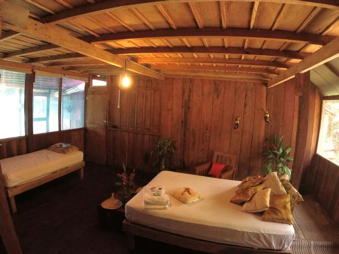 Eretzen Tá Lodge, Loreto